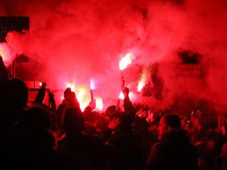 Ultras-Pyros
