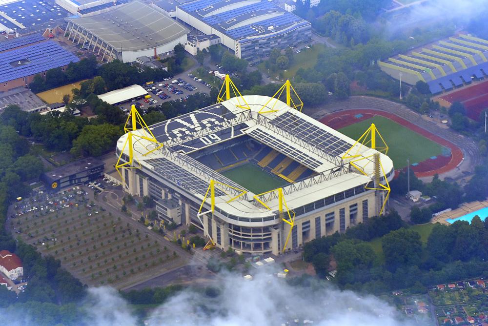 Wie oft hat Borussia Dortmund gegen Schalke 04 gewonnen?