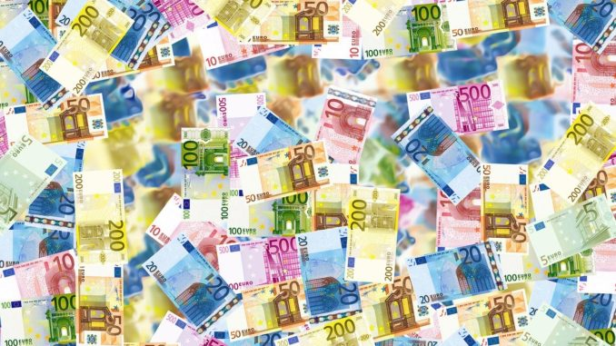Euro, Geld und Spende