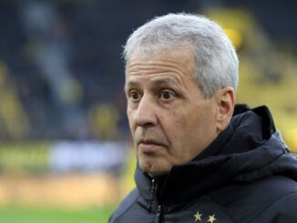 Lucien Favre will seinen Vertrag beim BVB erfüllen. ©AFP