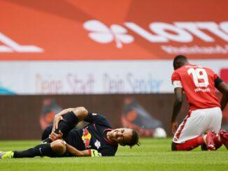 Yussuf Poulsen verletzte sich im Spiel gegen Mainz. ©AFP