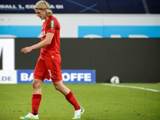 Sebastiaan Bornauw sah gegen Hoffenheim die Rote Karte. ©AFP