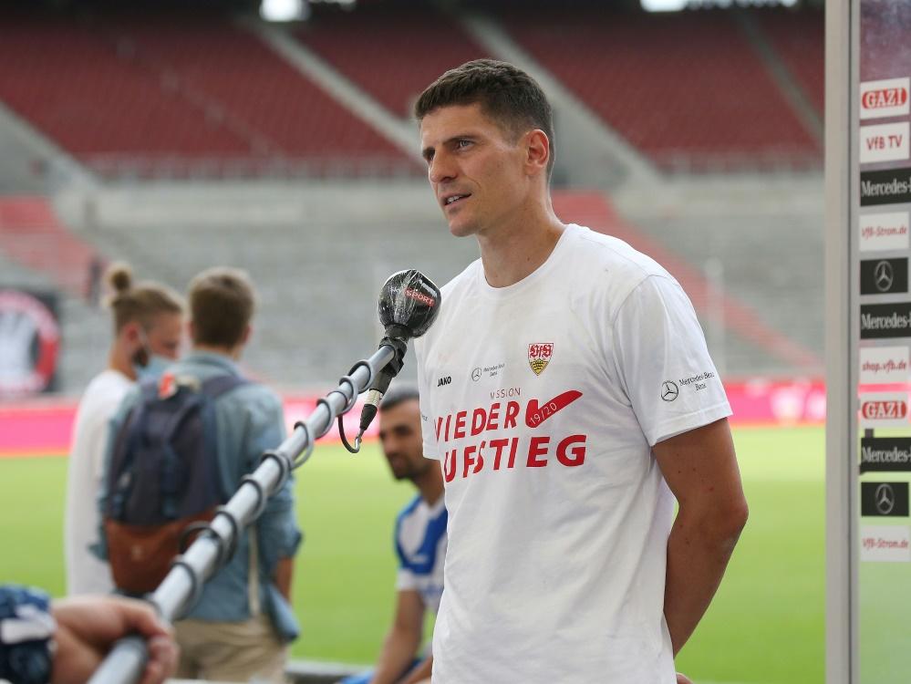 Mit Gomez gelingt Stuttgart der Bundesliga-Aufstieg. ©FIRO/SID