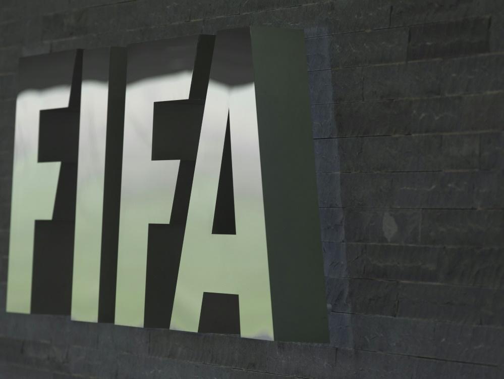 FIFA: Arbeit an der halbautomatischen Abseitstechnologie. ©PIXATHLON/SID