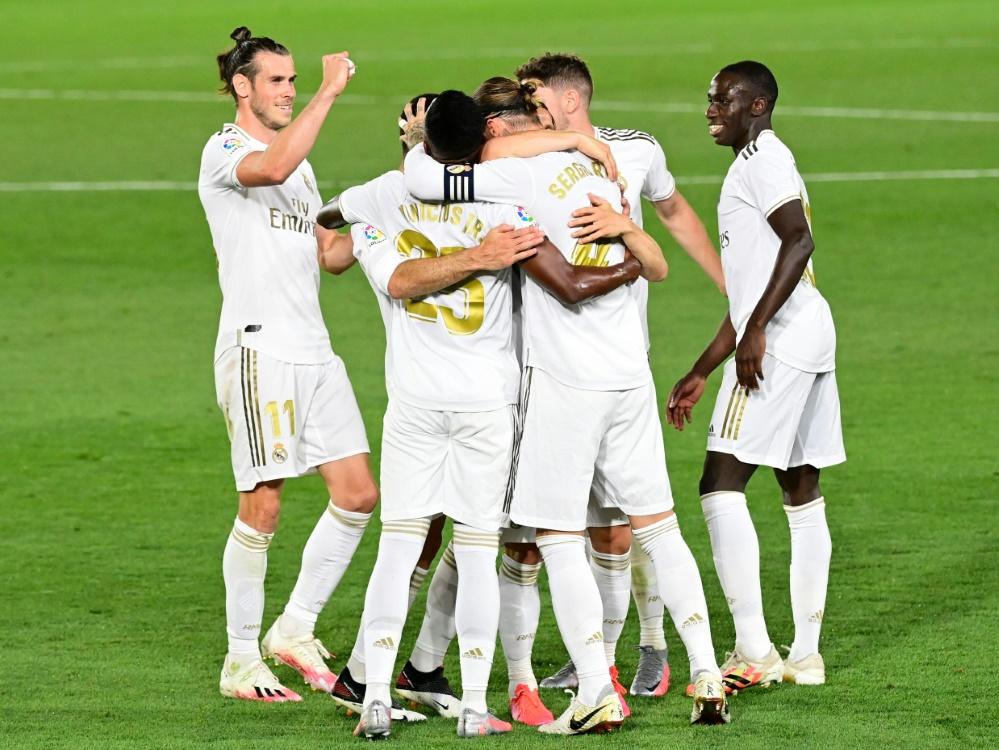 Real Madrid ist wieder an der Spitze. ©SID JAVIER SORIANO