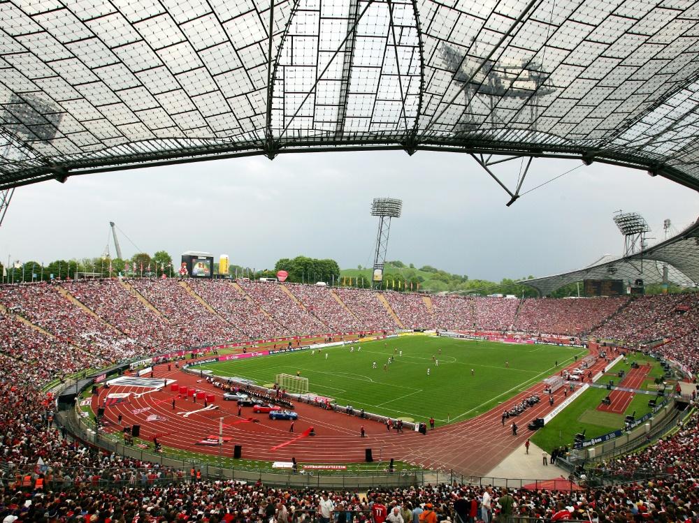 Im Olympiastadion könnte wieder Fußball gespielt werden. ©FIRO/SID