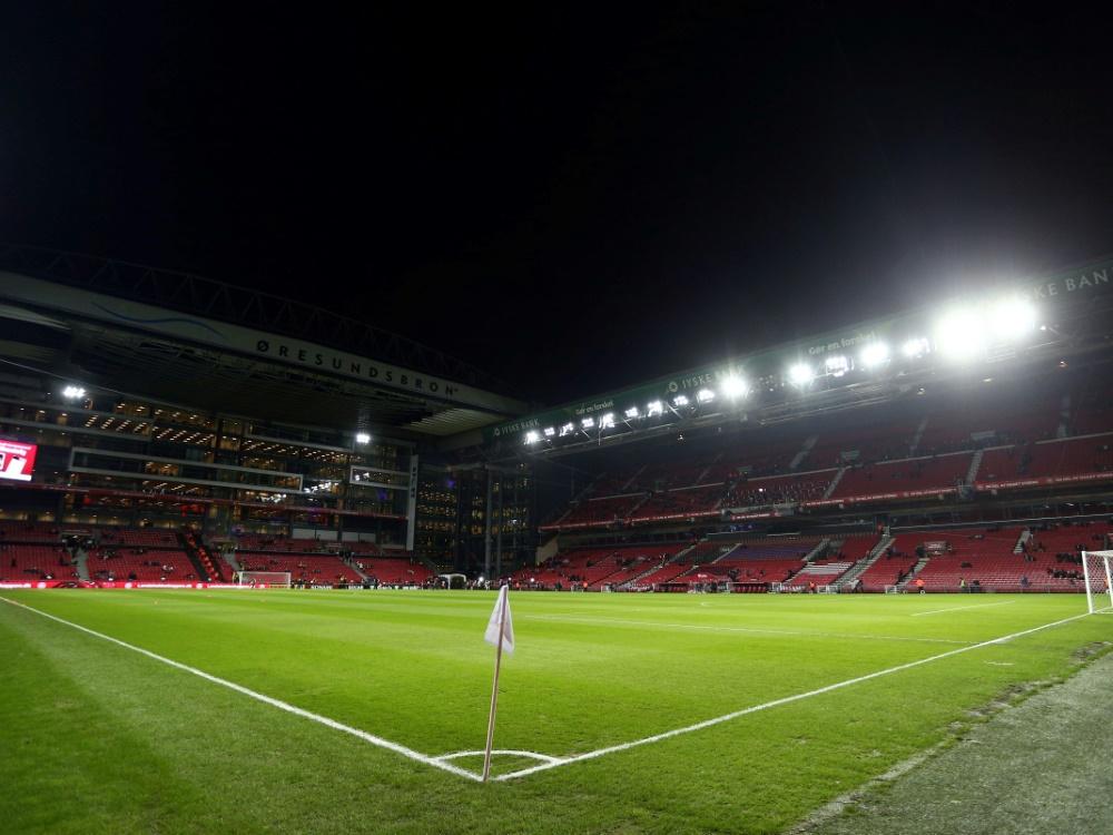 Bald bis zu 10.000 Fans im Stadion erlaubt. ©FIRO/SID