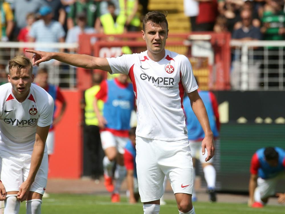 Gino Fechner wird Kaiserslautern im Saisonfinale fehlen. ©FIRO/SID