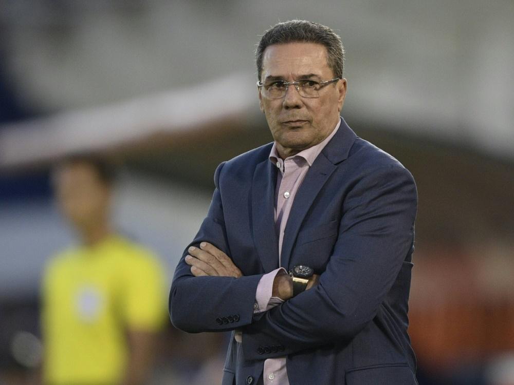 Brasilien: Ex-Nationaltrainer Luxemburgo positiv auf Corona getestet