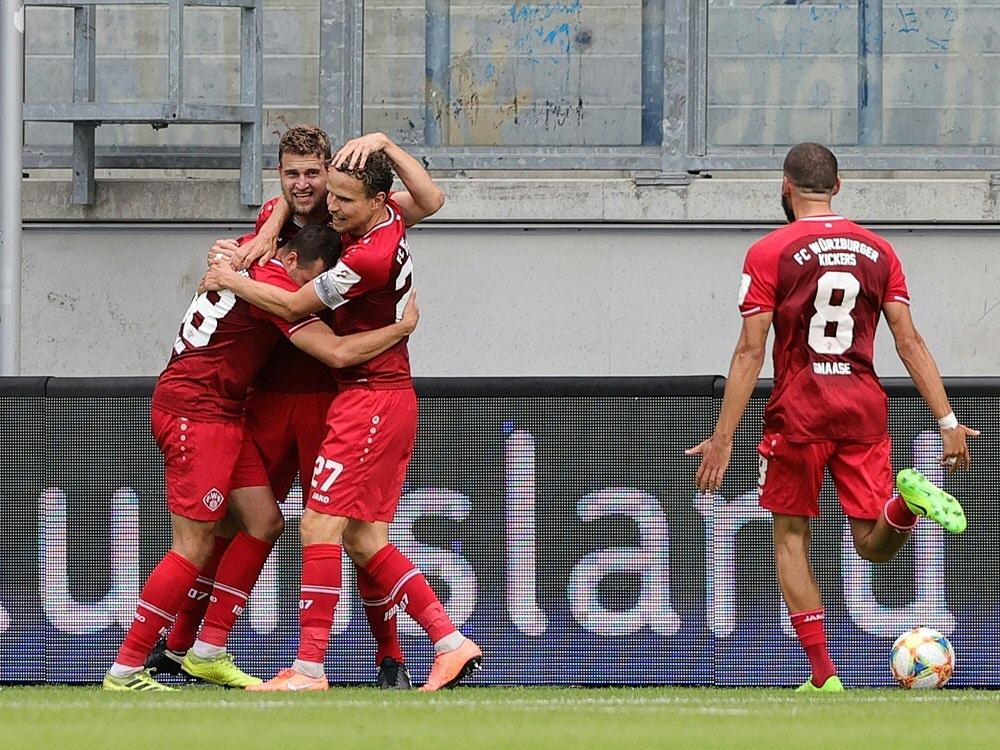 3. Liga: Würzburg steigt auf, Ingolstadt in der Relegation - Bayern II ist Meister