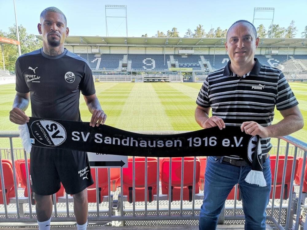 Ruel (l.) kommt von Ligakonkurrent Greuther Fürth. ©SV Sandhausen