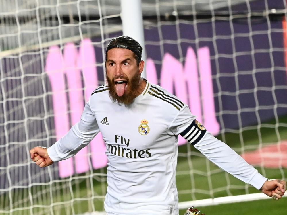 Dank Elfer von Ramos: Real nutzt Patzer von Barca