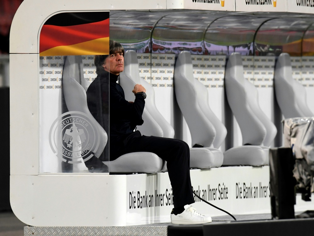 Joachim Löw setzt in Basel auf Bernd Leno. ©SID THOMAS KIENZLE