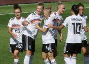 Runderneuerte DFB-Frauen mühen sich in Montenegro zum Sieg
