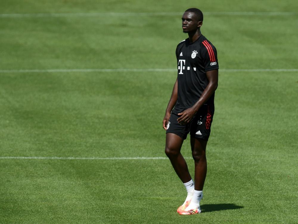 Tanguy Nianzou steht dem FCB vorerst nicht zur Verfügung. ©SID CHRISTOF STACHE