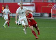 Bayern München verlängert mit Nationalspielerin Demann
