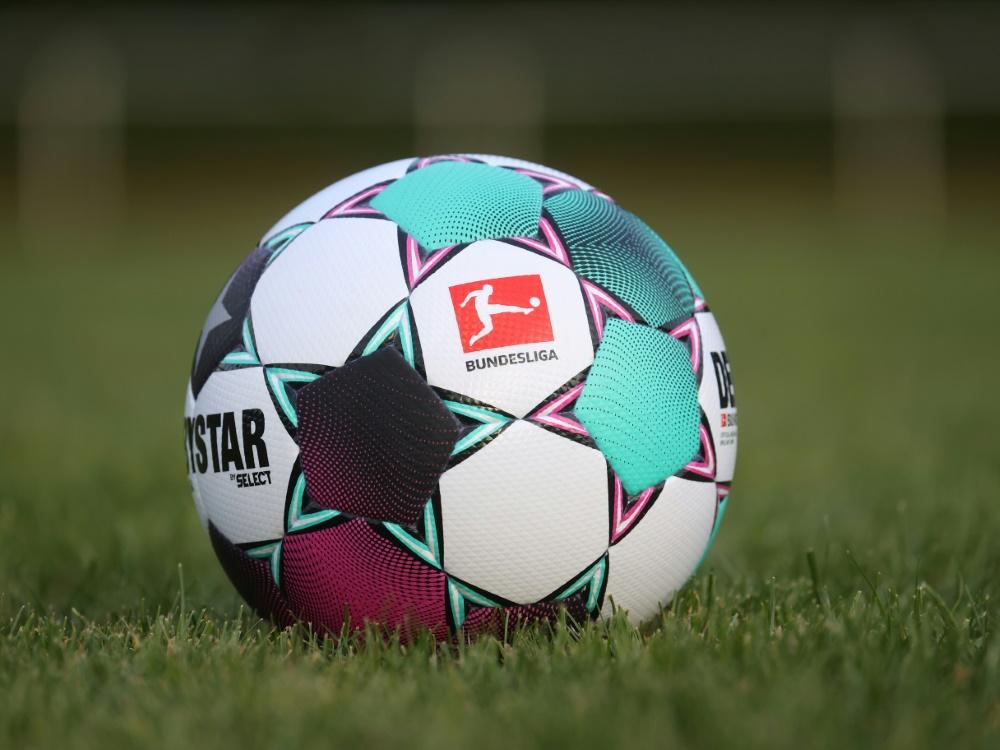 OneFootball hat Rechte der Fußball-Bundesliga erworben. ©FIRO/SID