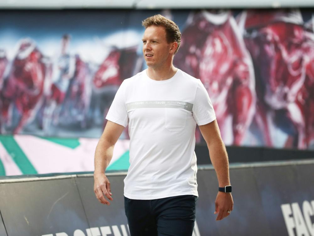 Trainer Julian Nagelsmann freut sich über Fan-Rückkehr . ©FIRO/SID