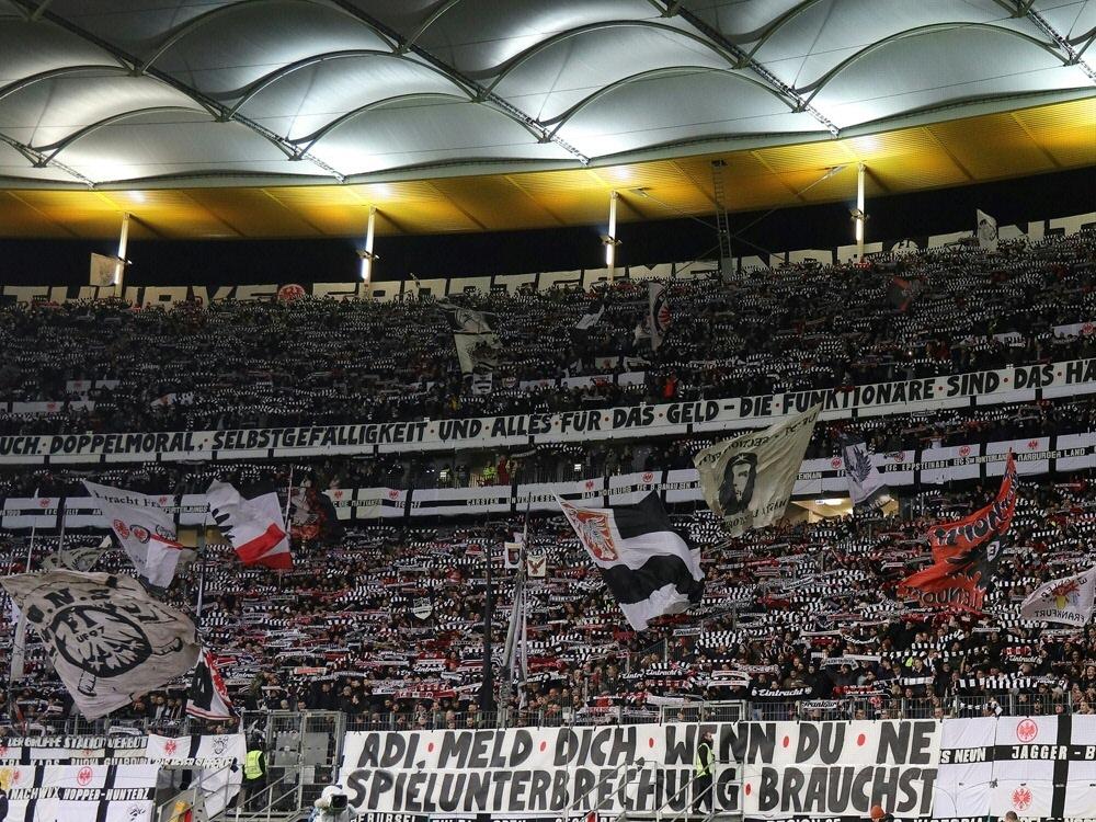Normal passen 51.000 Fans in den Deutsche Bank Park. ©FIRO/SID