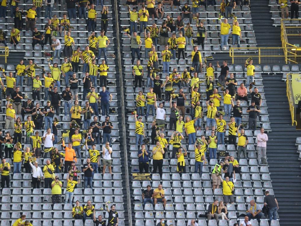 Weitere Fans dürfen in den Signal Iduna Park. ©FIRO/SID