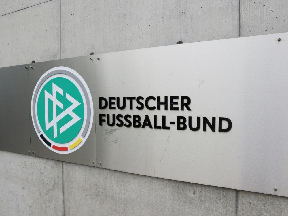 Die Testpiele der U17 des DFB sind abgesagt worden. ©FIRO/SID