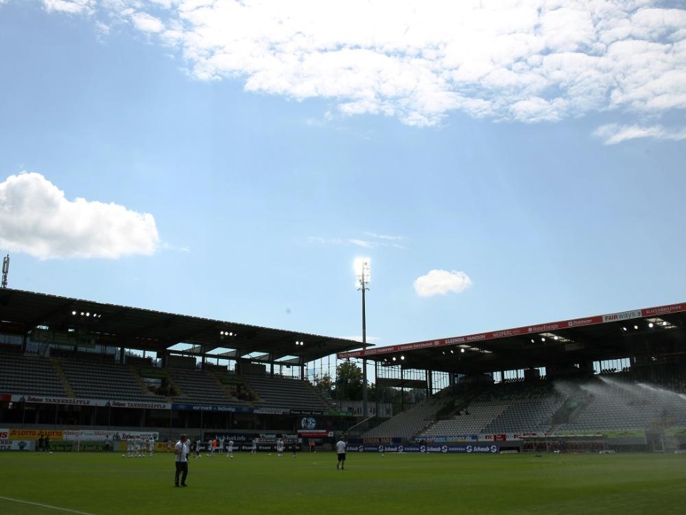 Freiburg: Zum Saisonauftakt sind 500 Zuschauer erlaubt. ©FIRO/SID