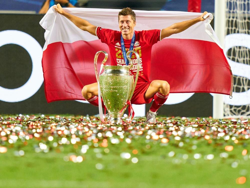Robert Lewandowski wurde mit 15 Toren bester Torschütze. ©FIRO/SID
