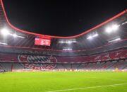 Bundesliga-Eröffnungsspiel Bayern gegen Schalke vor 7500 Fans