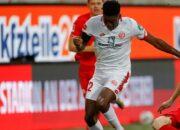 Union leiht Awoniyi vom FC Liverpool aus