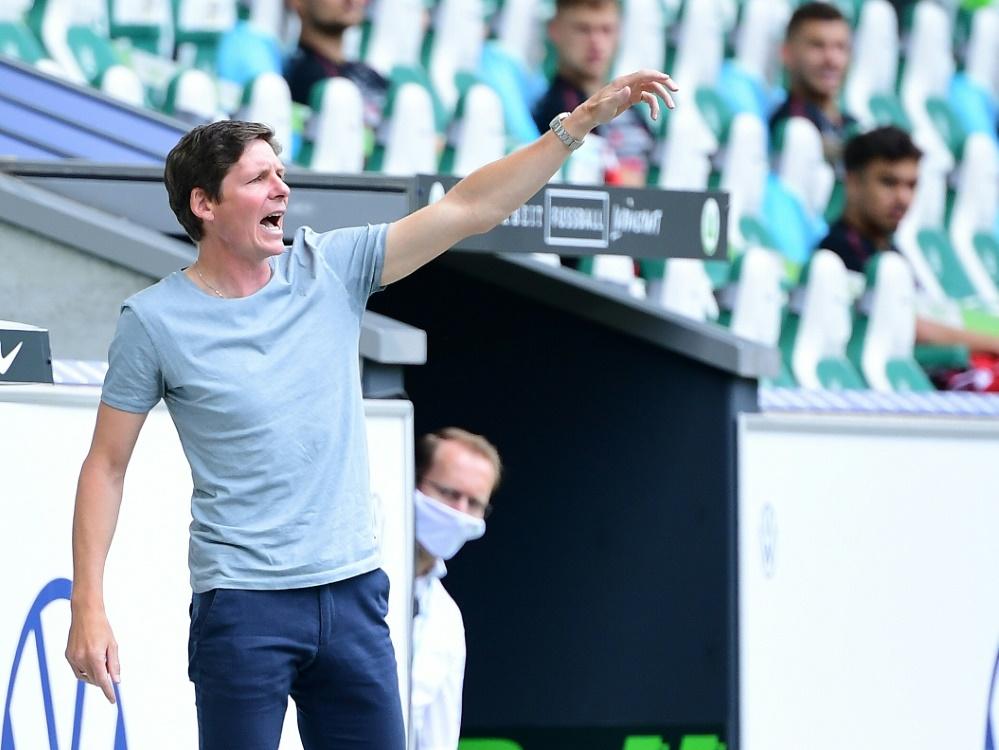 Oliver Glasner und sein Team wollen in die Europa League. ©FIRO/SID