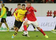Mainz 05 stellt Stürmer Szalai frei
