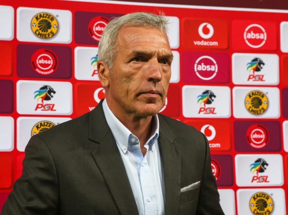 Ernst Middendorp ist nicht mehr Coach der Kaizer Chiefs. ©SID ANESH DEBIKY