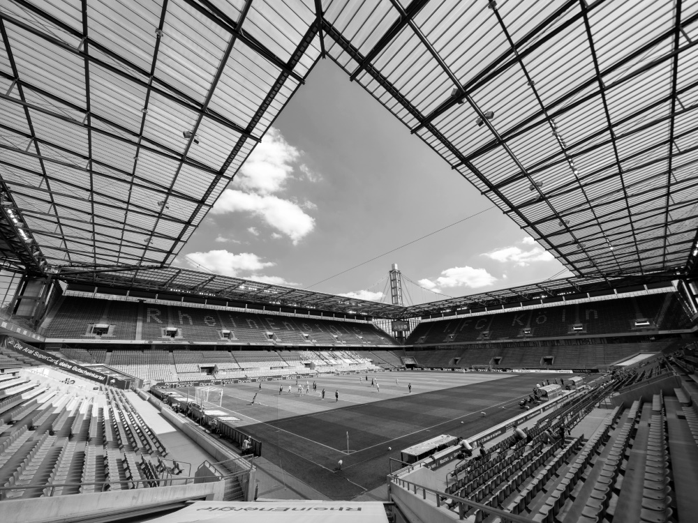 Der 1. FC Köln trauert um Bernd Steegmann. ©FIRO/SID