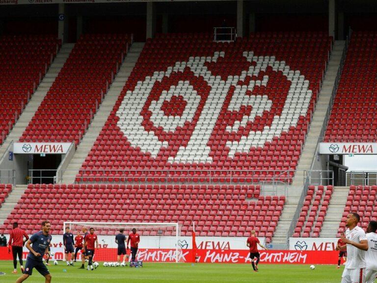 Was Verdient Ein Schiedsrichter In Der Bundesliga