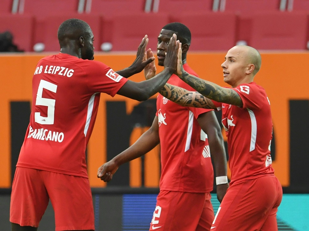 Angelino (r.) erzielt das 1:0 für Leipzig. ©SID ANDREAS GEBERT