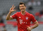 Bayern - Frankfurt 5:0 - Rekord-Dreierpack von Lewandowski lässt Bayern jubeln - Davies verletzt