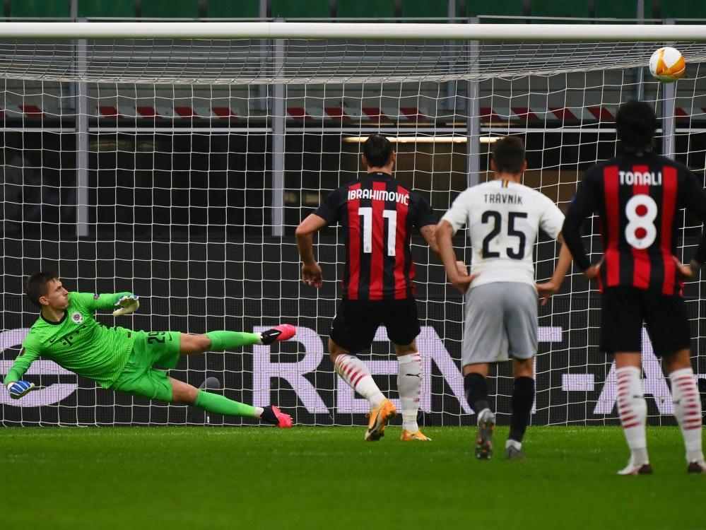 Ibrahimovic schoss einen Elfmeter an die Latte. ©SID MARCO BERTORELLO