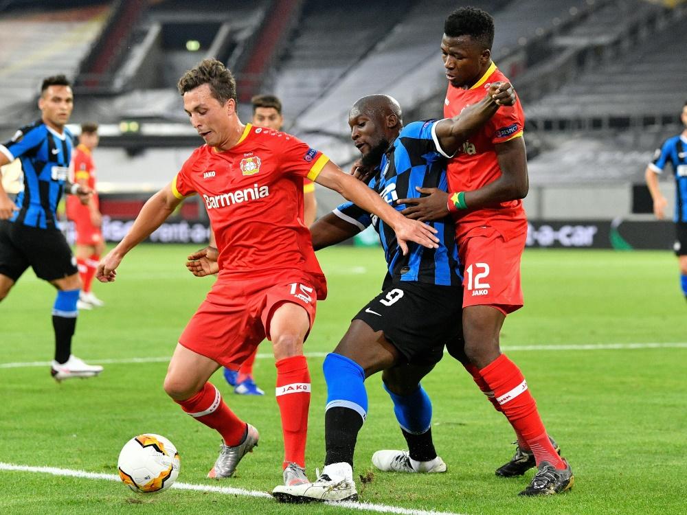 Im Vorjahr schied Leverkusen gegen Inter Mailand aus . ©SID MARTIN MEISSNER