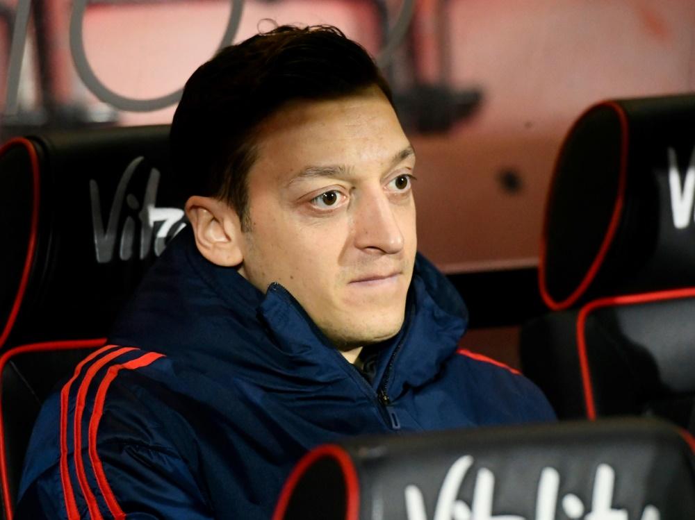 Mit den Einnahmen will Özil italienische Kinder fördern. ©FIRO/SID firo Sportphoto/PSI