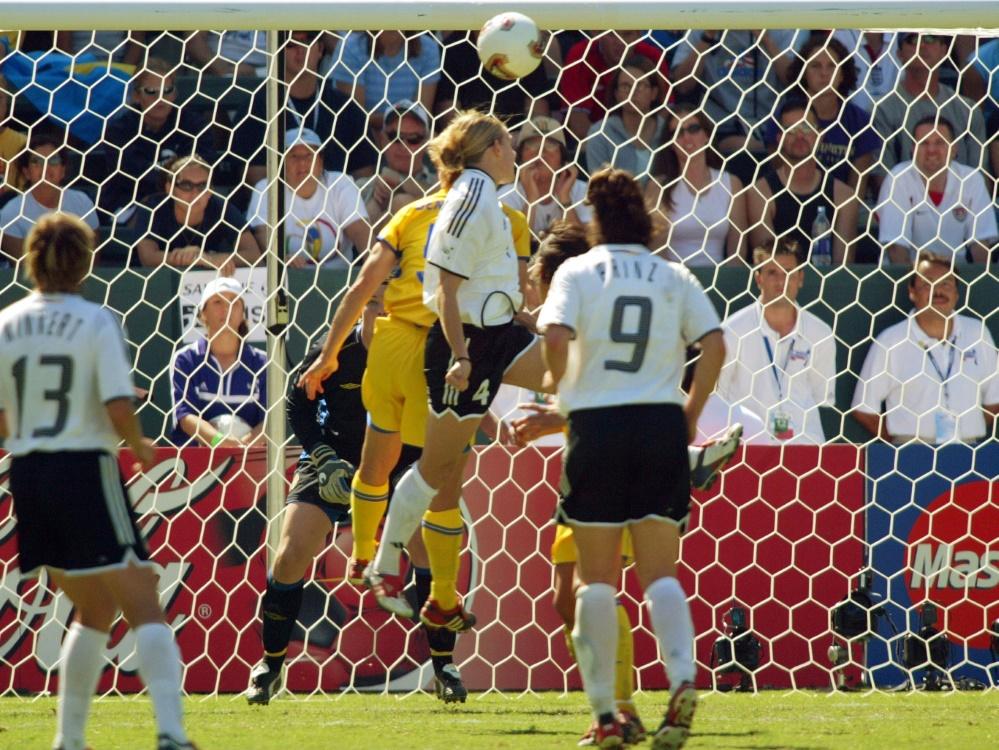 Nia Künzer erzielt in der 98. Minute das Golden Goal. ©SID Ben Radford