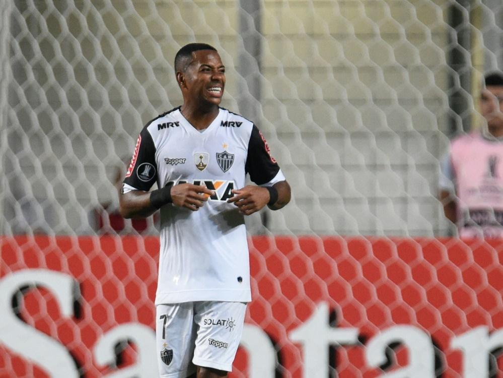 Robinho setzt seine Karriere beim FC Santos fort. ©SID DOUGLAS MAGNO