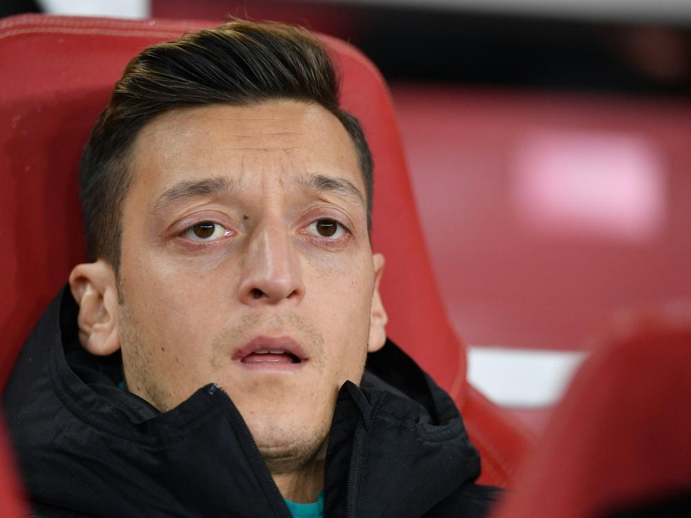 Özil stellt sich im Konflikt hinter Aserbaidschan. ©SID DANIEL LEAL-OLIVAS