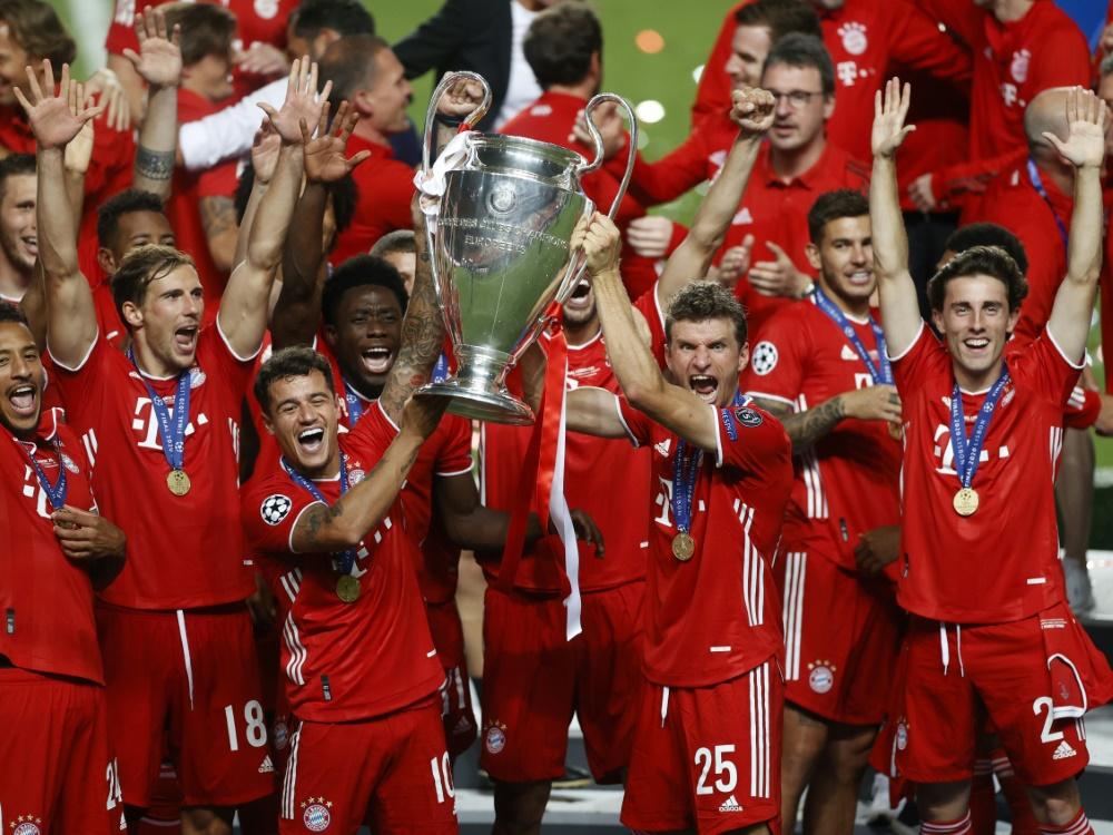 Die Bayern gehen als Titelverteidiger in den Wettbewerb. ©POOL/SID MATTHEW CHILDS