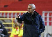 """Mourinho nach Tottenhams Europa-League-Niederlage: Hätte """"am liebsten elf Wechsel vorgenommen"""""""