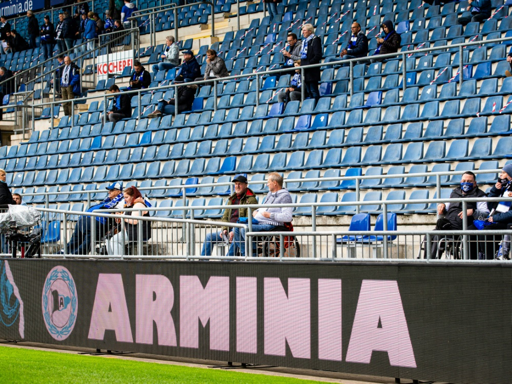 Die Ostwestfalen empfangen am Samstag den Rekordmeister. ©FIRO/SID