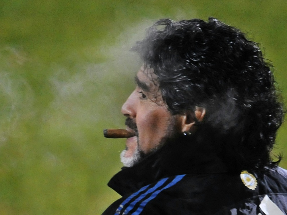 Neben dem Platz fiel Maradona oftmals durch Skandale auf. ©SID DANIEL GARCIA
