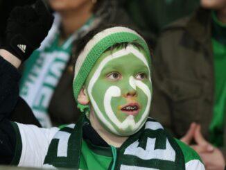 Ehrung für Werder Bremen durch die UEFA