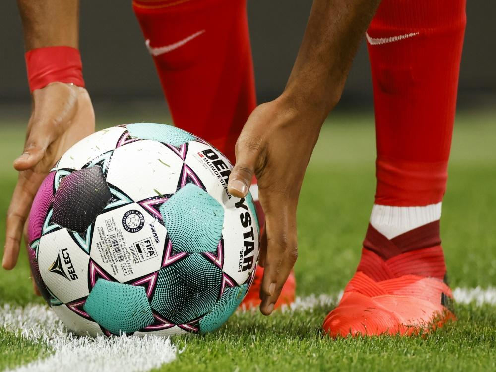 Bayerischer Fu U00dfball Verband Rechnet Mit Defizit Von 2 5