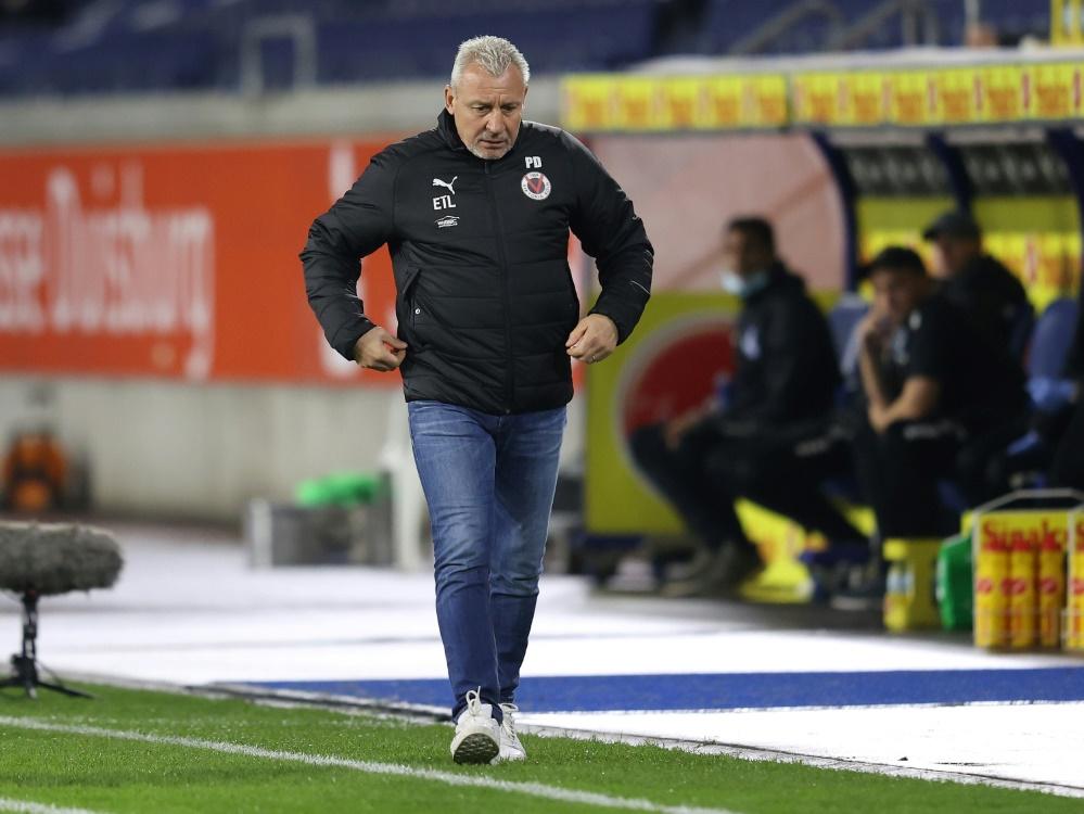 Trainer Dotschew muss auf drei Spieler verzichten. ©FIRO/SID