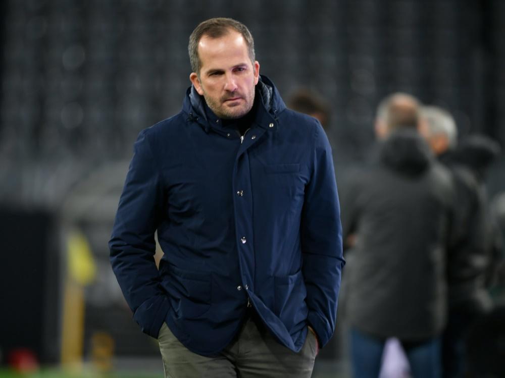 Die Negativserie für Schalke 04 und Trainer Baum hält an. ©SID INA FASSBENDER